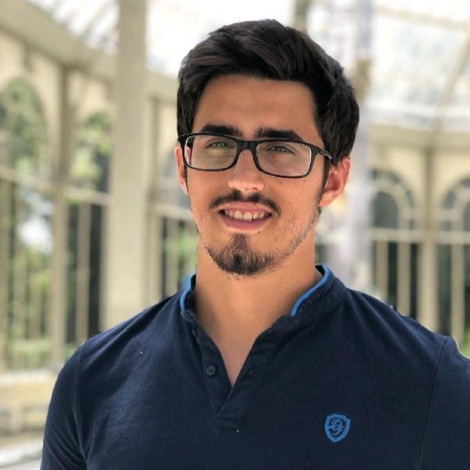 Javier Gil - Responsable del área de ciberseguridad de Softcom. Perito Judicial Informático Forense